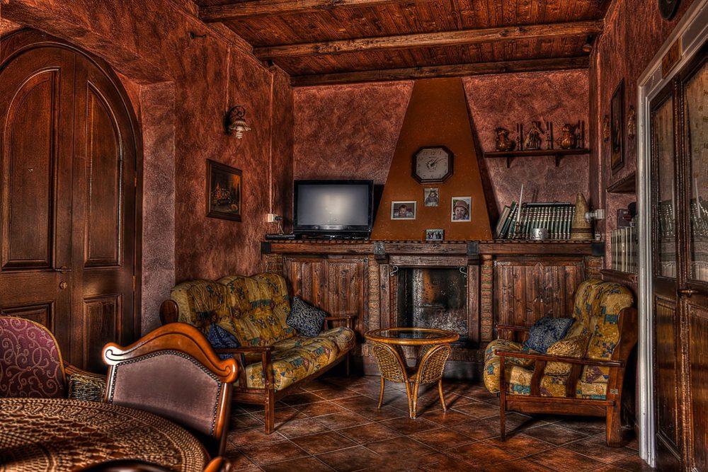 Living room rustico