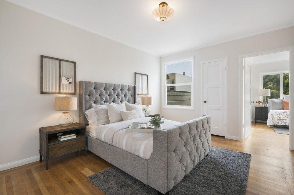 stanza da letto classica foto