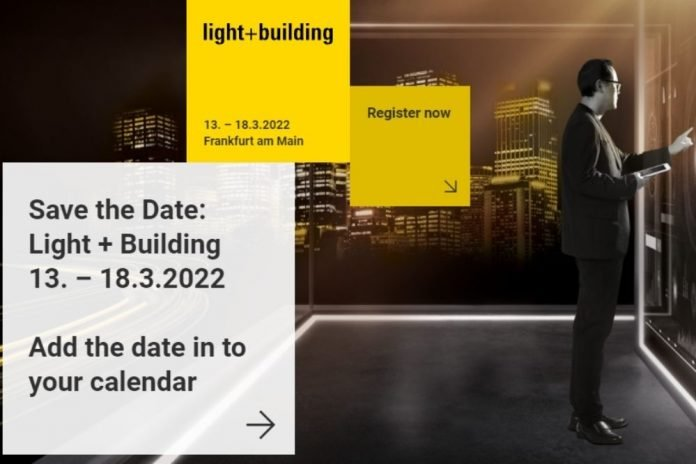 light + building francoforte foto